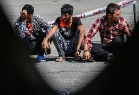 ماجرای دستگیری سارقان خودرو دریاچه چیتگر / تیراندازی پلیس سارقان را زمینگیر کرد