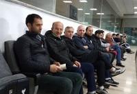 حضور شفر و وزیر ورزش در بازی کم تماشاگر آزادی