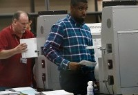 Florida election recount: Palm Beach County forced to restart vote count after ballot machines ...