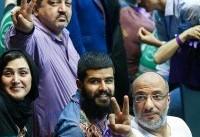 سلبریتیها کاسبان قبل و بعد تحریمها هستند/ حمایت از حسن روحانی همراه با لبیک به ترامپ! +عکس و فیلم