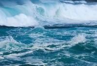 زمین آبِ اقیانوسها را میبلعد!