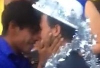 Gay couple from migrant caravan marry as they arrive in Mexico-US border town