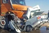 تصادف سنگین کامیون با پیکان+عکس
