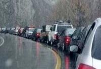 ترافیک سنگین در آزادراه کرج-تهران / باران جاده های استان گیلان را لغزنده کرد