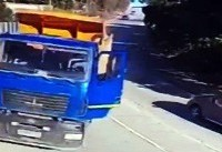 نجات راننده کامیون مرگ در واپسین لحظات + فیلم