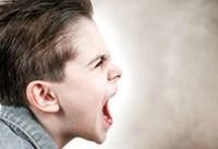 اگر فرزندتان سرش را به دیوار میکوبد، نگران نشوید