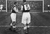 پیراهن های شماره دار را چه کسی وارد فوتبال کرد؟