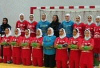 اولین مدال طلا بر گردن دختران هندبال ایران/ تاریخ سازی لارستانی ها در غرب آسیا