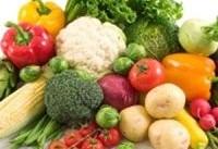 مصرف میوه و سبزیجات به توقف گسترش سرطان پستان کمک می کند