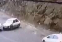 ماجرای ریختن گازوییل در کف جاده از سوی امدادخودروهای مستقر در جاده ...