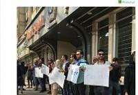کمپین بغل مجانی در خیابان ولیعصر تهران