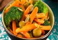 سالاد و سبزی در بشقاب غذا باشد/ دوغ کم نمک بنوشید