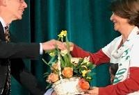 جایزه ساخاروف انجمن فیزیک آمریکا به نرگس محمدی اعطا شد