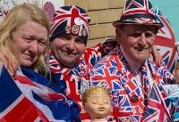 (تصاویر) ابراز احساسات برای تولد نوه ملکه انگلیس