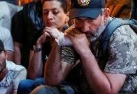 هزاران نفر در ارمنستان پس از لغو  مذاکرات دولت و مخالفان دست به تظاهرات ...