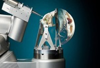 ساخت رباتی که جمجه انسان را با دقت سوراخ می کند!