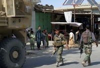 Afghan government under pressure as Taliban threaten new district