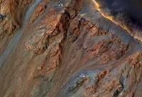 چرا زمین مثل مریخ سرخ نیست؟
