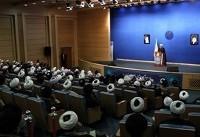 روحانی: ورود روحانیت به جناحبندیهای سیاسی، اشتباه و بینتیجه است