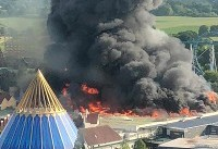 آتش سوزی مهیب در دومین پارک بزرگ تفریحی اروپا +عکس