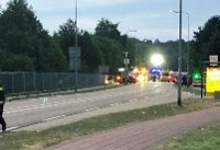 ورود خودرو به میان جمعیت در هلند/دستکم ۴ نفر کشته و زخمی شدند+تصاویر