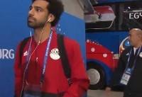 لحظه ورود دو تیم مصر و روسیه به استادیوم +فیلم
