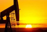 OPEC edges closer to raising oil output, Iran's agreement is key