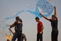 Israel hits Hamas posts in response to arson kites