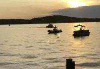 13 dead as tourist boat sinks in US lake