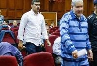 متهم ردیف اول پرونده موسسه ثامن الحجج در لباس زندان(عکس)