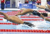 رقابت یاوری با رکوردداران ۲۰۰ متر شنای آزاد  در روز نخست