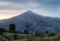 نمایی متفاوت از قله دماوند +عکس