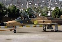 رونمایی نخستین جنگنده ایرانی توسط رییس جمهور + فیلم