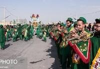 کاروان نمادین کربلا در اصفهان (عکس)