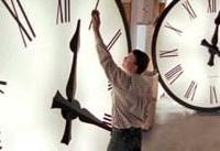 چه زمانی ساعت&#۸۲۰۴;ها را عقب می&#۸۲۰۴;کشند
