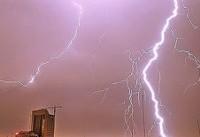 وزش باد شدید و رعد و برق در پایتخت | هشدار وقوع سیلاب ناگهانی