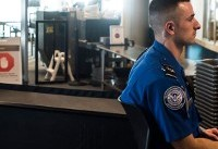 TSA agent creates GoFundMe page to cover his expenses amid government shutdown