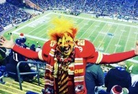Kansas City Chiefs superfan shares tips on how to stay warm during frigid NFL games