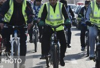 دوچرخهسواری بامزه یک استاندار + تصاویر