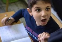 تالیف کتاب «مهارت آموزی» برای دانشآموزان اوتیسم