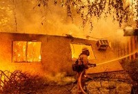 Trump threatens to axe emergency fire aid for California