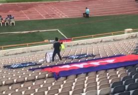 فیلم | گفت و گوی اختصاصی خبرآنلاین با تنها تماشاگر کامبوج در ورزشگاه آزادی