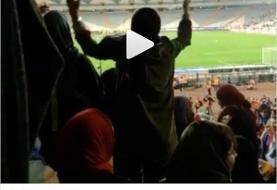 فوتبال؛ پیروزی ۱۴ بر صفر ایران در روز تاریخی حضور زنان در آزادی