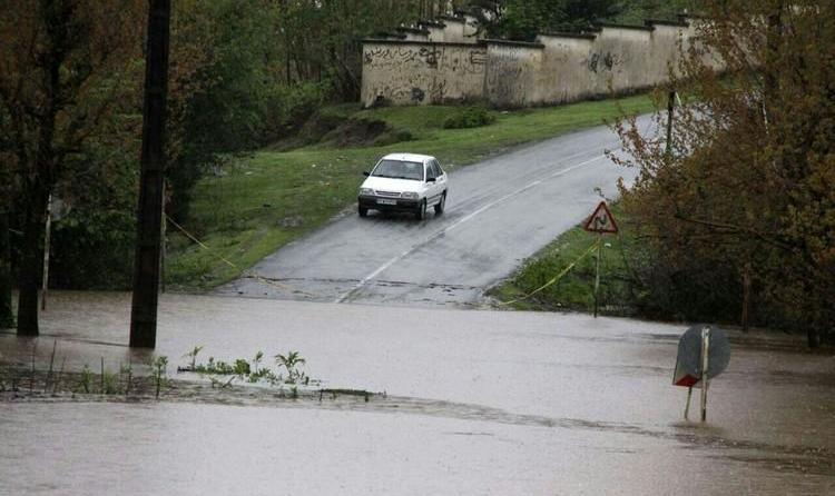 آبگرفتی منازل بر اثر بارش باران/ مفقود شدن یک نفر در گیلان