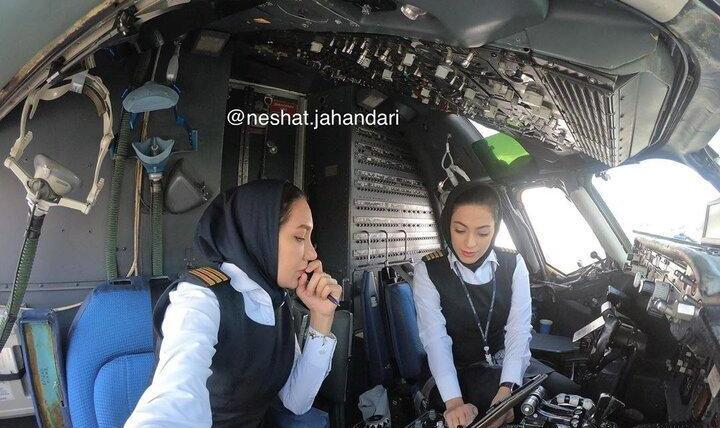 اتفاقی تاریخی در صنعت پرواز ایران: اولین پرواز رفت و برگشت تهران - مشهد با ۲ خلبان زن +عکس