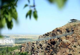 پل معلق تمام شیشهای در شهرستان «هیر»