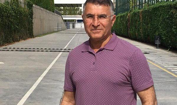 مجید جلالی سرمربی تیم فوتبال گل گهر شد
