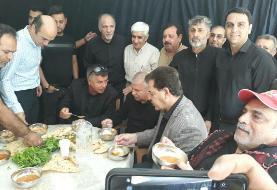 تصویری از حضور علی پروین و اهالی ورزش در عزاداری اربعین