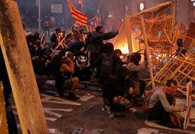 بارسلون فلج شد: در اعتراضات استقلال طلبان کاتالونیا ۲۶۵ نفر زخمی یا بازداشت شدند