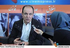 ساداتیان: دولت مرتب در حال ضربه زدن به حوزه فرهنگ و هنر به ویژه سینما است